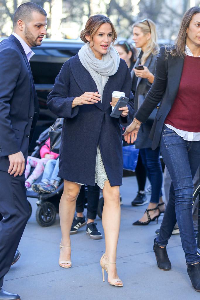 Jennifer Garner Celebrity Statement Shoes Spring 2016