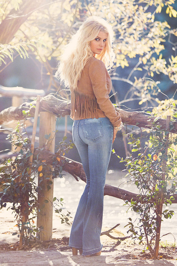 Jessica Simpson Spring 2016 Campaign