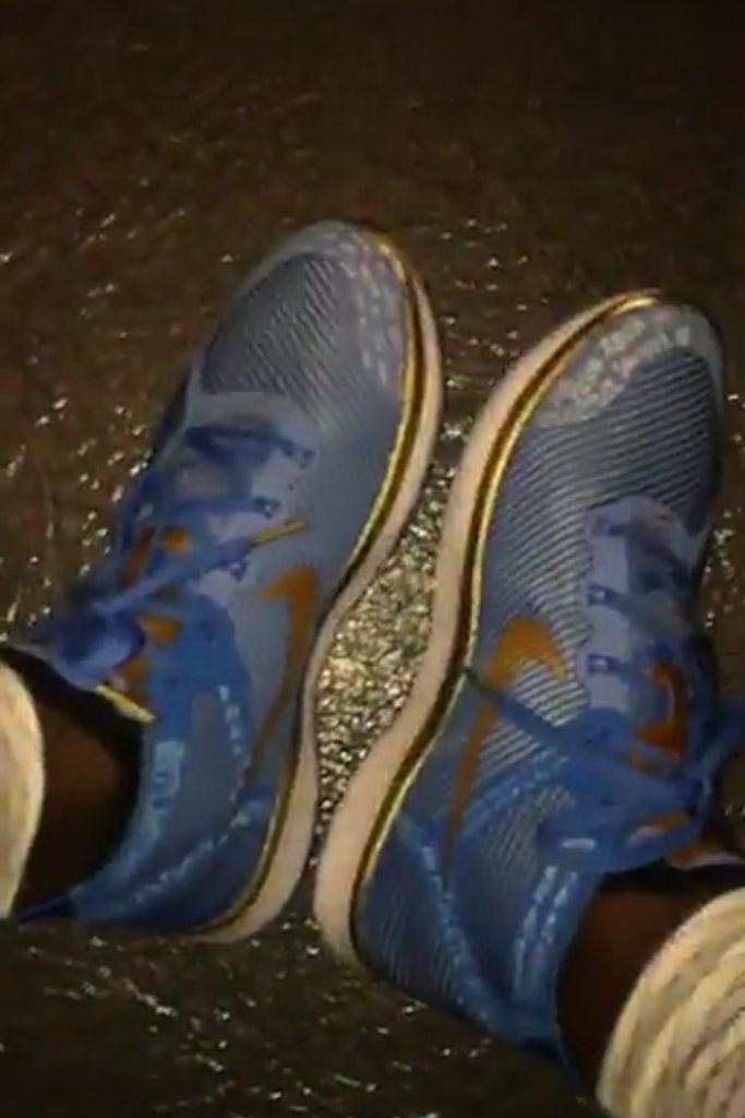kevin-hart-nike-hustle-hart-sneakers-3