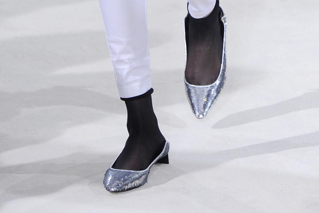 Loewe Fall 2016 Shoes On The Runway