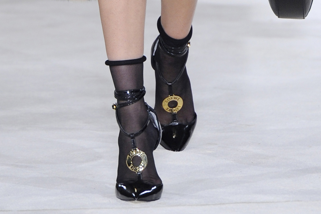 Loewe Fall 2016 Shoes On The Runway