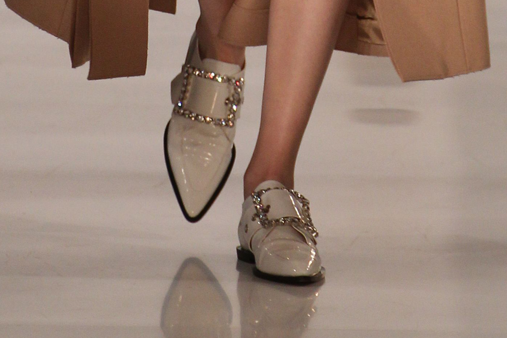 Maison Margiela Fall 2016 Shoes On The Runway