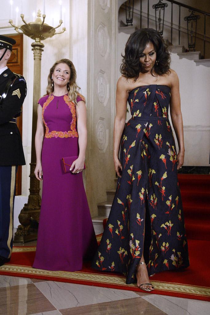 Michelle Obama State Dinner Manolo Blahnik Sandals