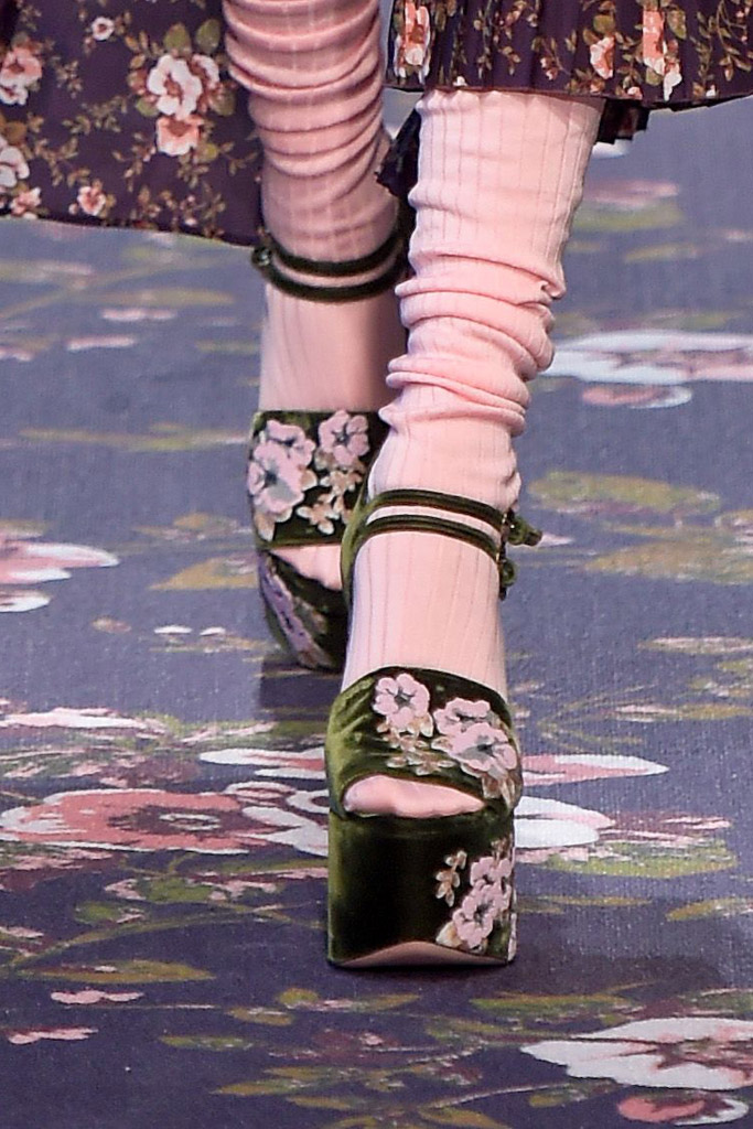 Rochas Fall 2016 Shoes On The Runway