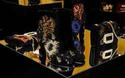 Roger Vivier Fall 2016 Shoes Collection