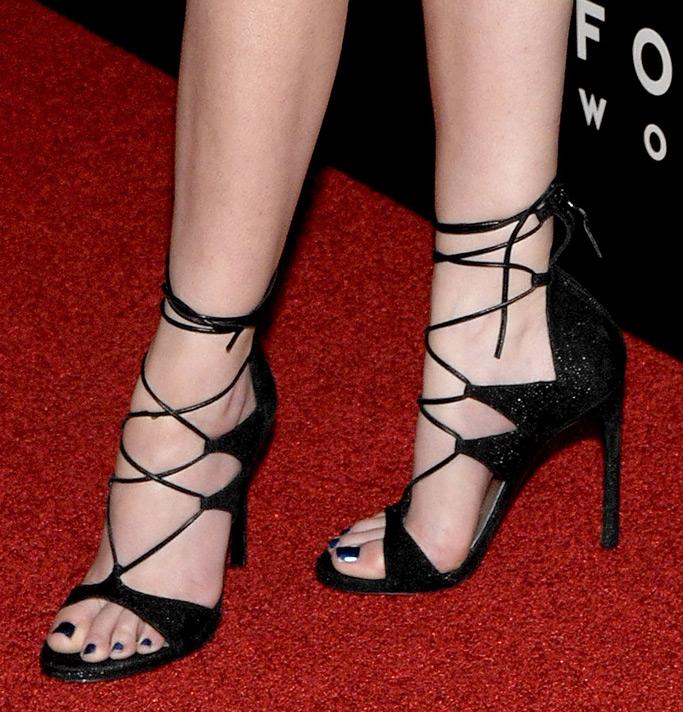 Anna Kendrick Mr. Right Movie Premiere Stuart Weitzman Shoes