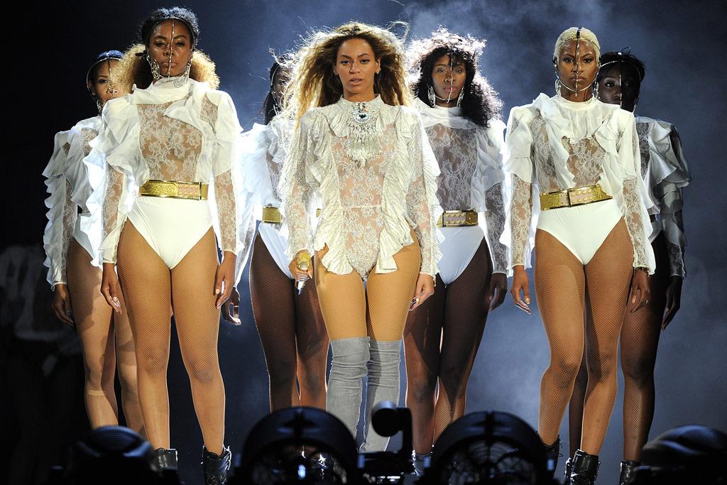 Beyoncé Formation Tour Fashion