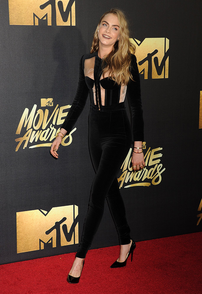 Cara Delevingne MTV Movie Awards 2016 Red Carpet
