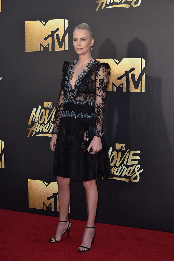 Charlize Theron MTV Movie Awards 2016 Red Carpet