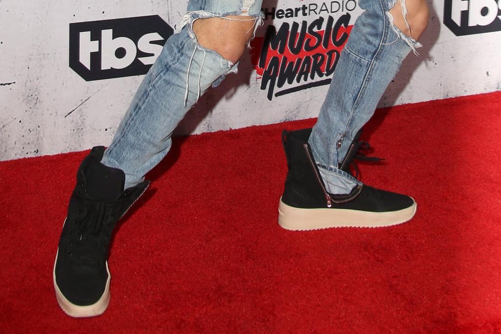 Justin Bieber Wears Unreleased Fear of