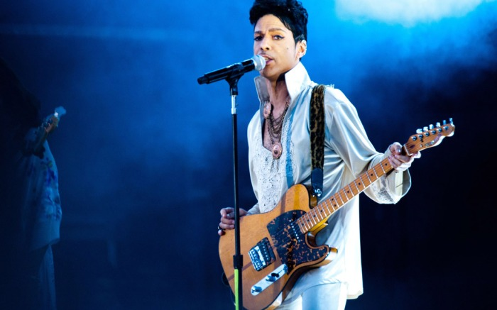 Iconic Musician Prince Shoes Fashion Dead 57