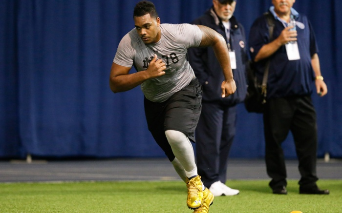 NFL Player Ronnie Stanley Signs With Zappos