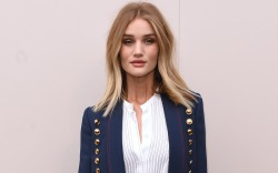 Rosie Huntington-Whiteley Burberry