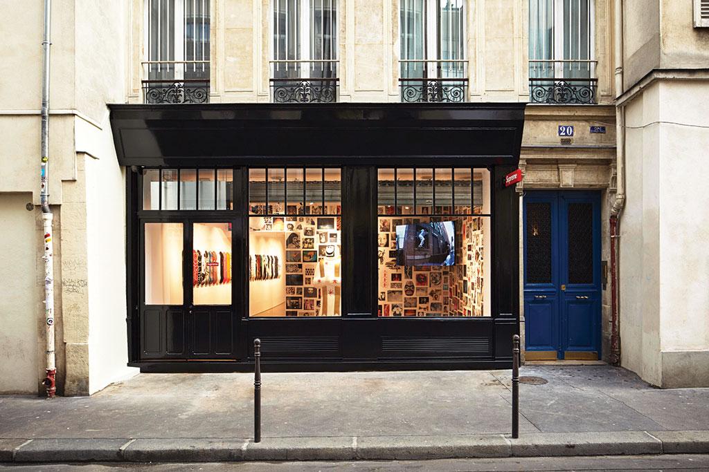 Supreme Store Paris