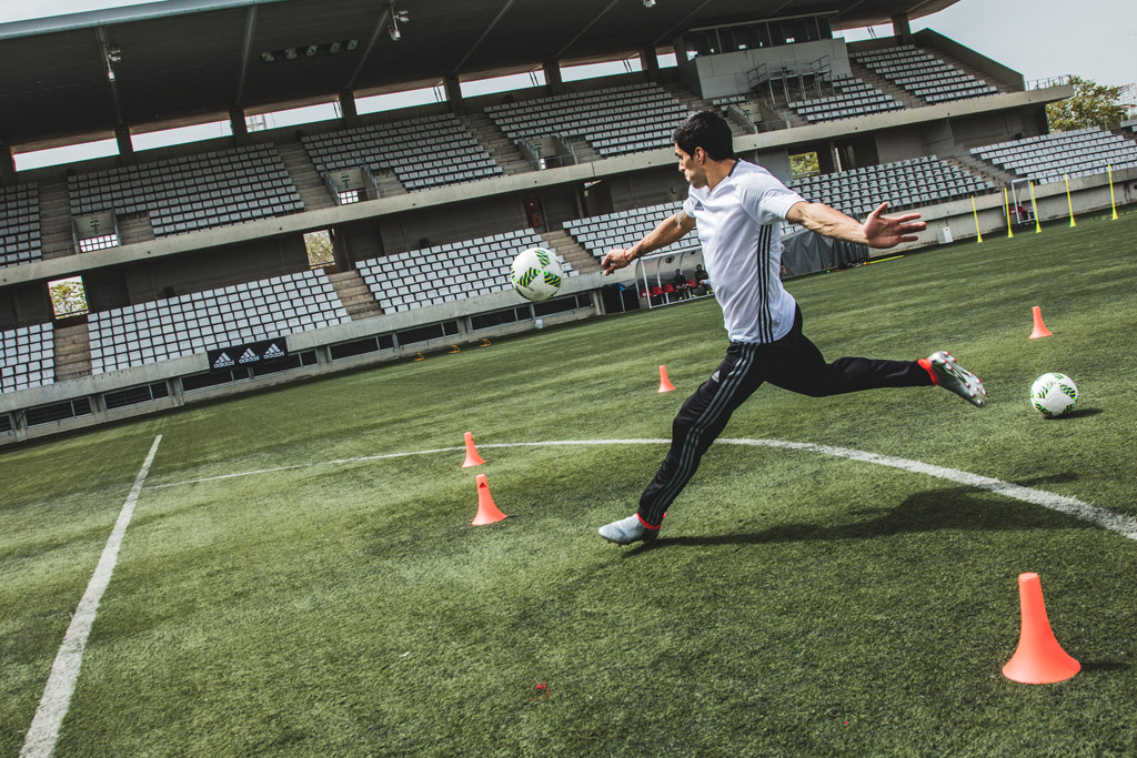 Luis Suarez Soccer Adidas Mercury Pack