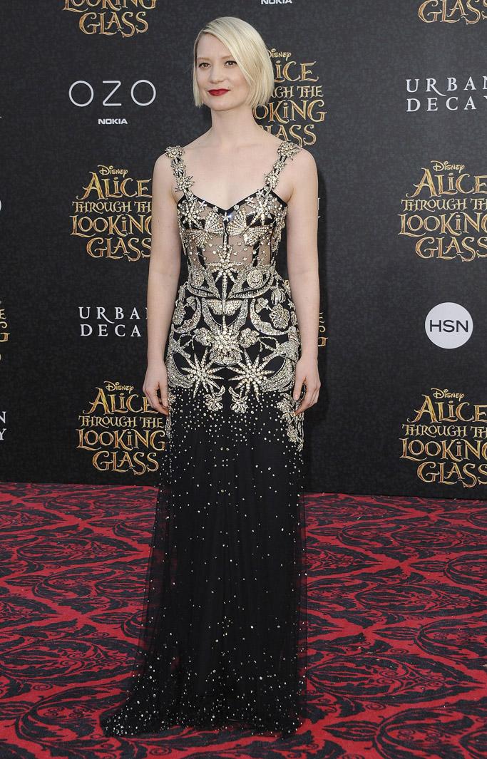 Mia Wasikowska Alice Through The Looking Glass Red Carpet