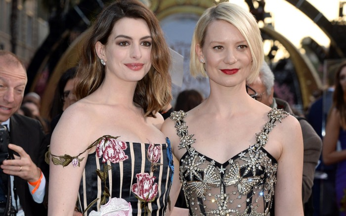 Anne Hathaway Mia Wasikowska Mia Wasikowska Alice Through The Looking Glass Red Carpet