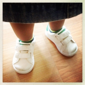 FN senior designer Sumana Gosh-Witherspoon's daughter takes a shoefie.