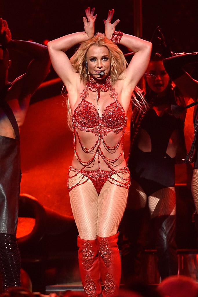 Britney Spears Billboard Awards Performance 2016