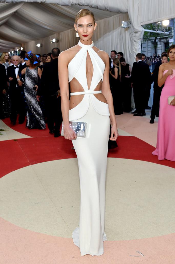 celebrities-met-gala-red-carpet-2016-10