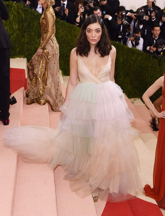 Lorde Met Gala 2016 Red Carpet Shoes