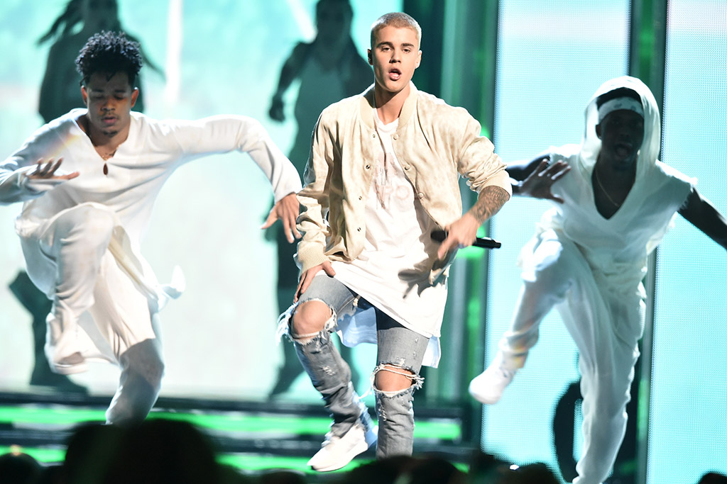 Justin Bieber Billboard Awards Performance 2016