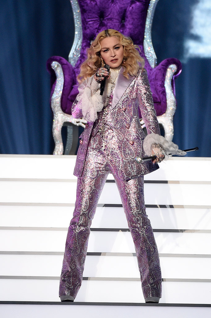 Madonna Prince Tribute Billboard Awards 2016