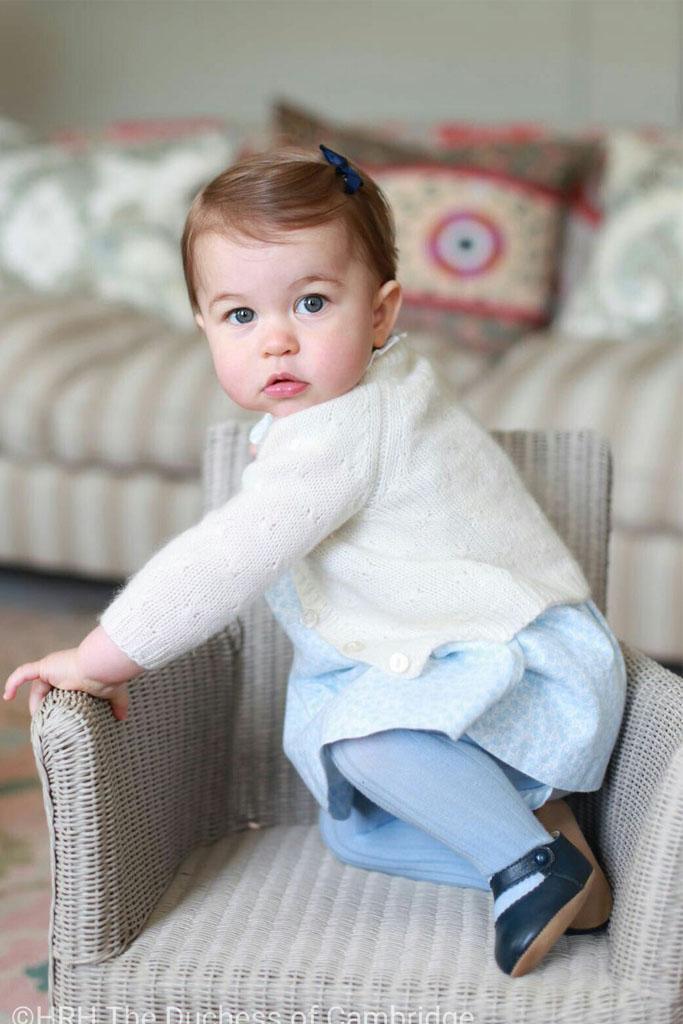 Princess Charlotte kate middleton shoes