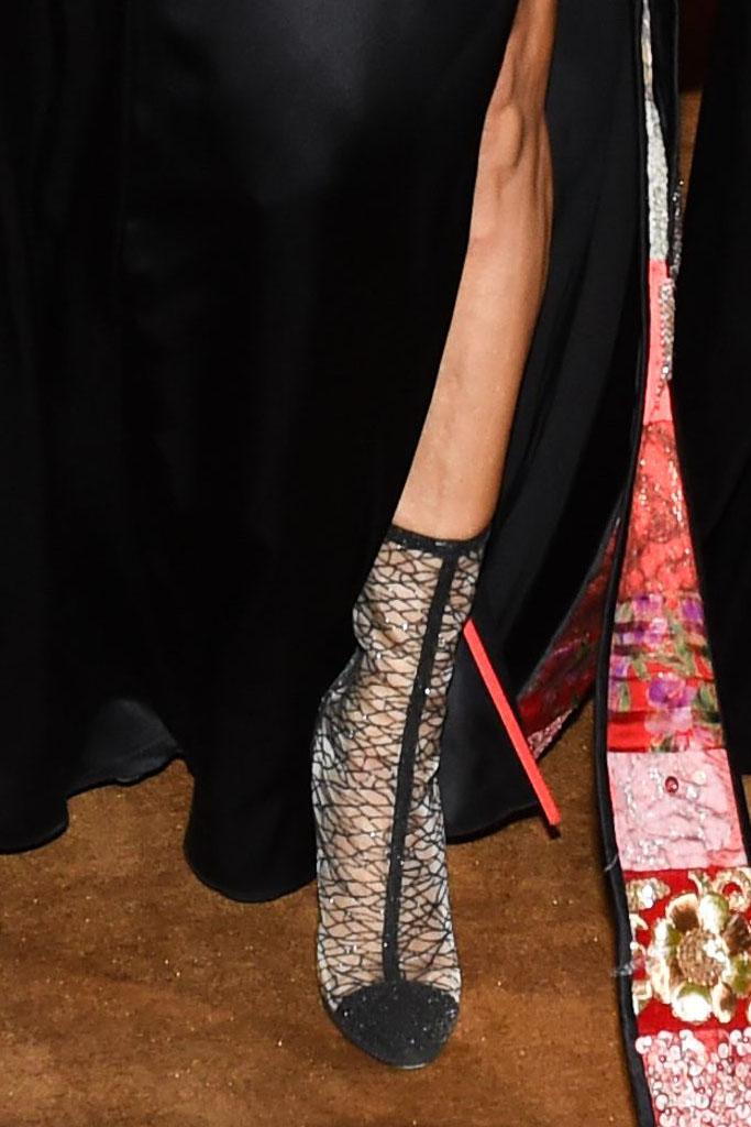 met gala shoes, sarah jessica parker