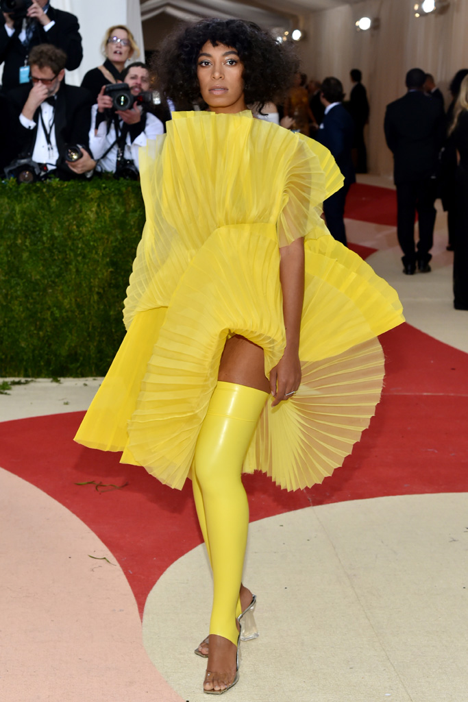 Solange Met Gala 2016 Red Carpet