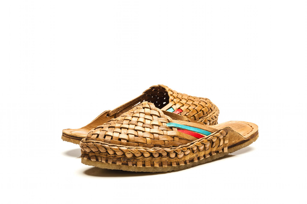 mohinders ethical women city slippers india