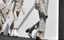 Balenciaga Men's Spring 2017 Collection Paris