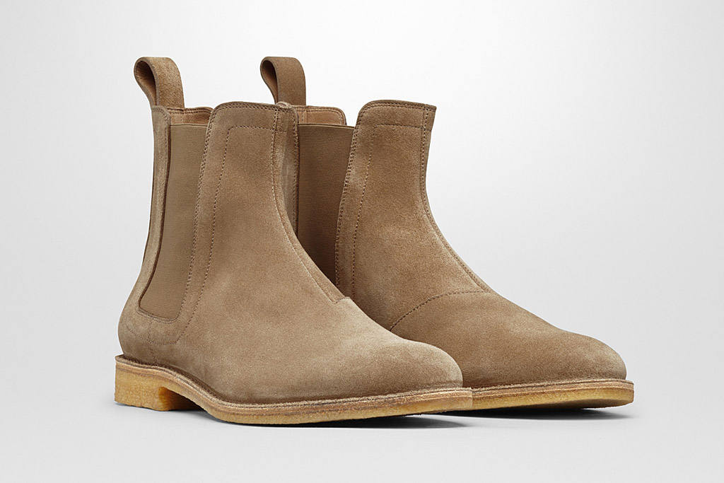 Bottega Veneta Re-Releases Shoes Worn