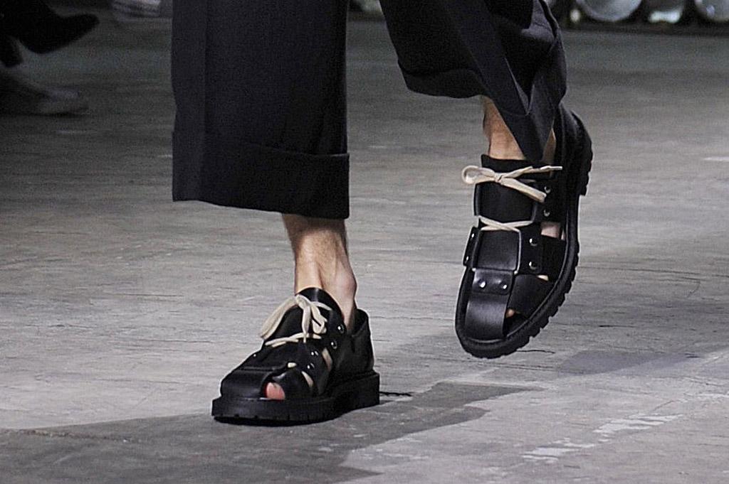 Dries Van Noten Spring 2017 Men's Shoes