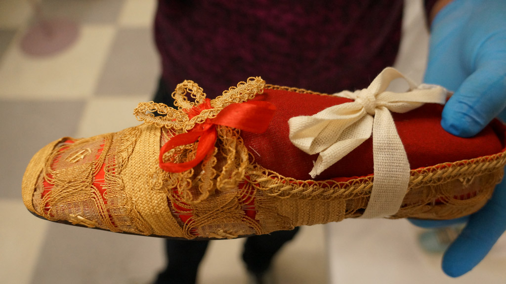 ballerina fashion slipper