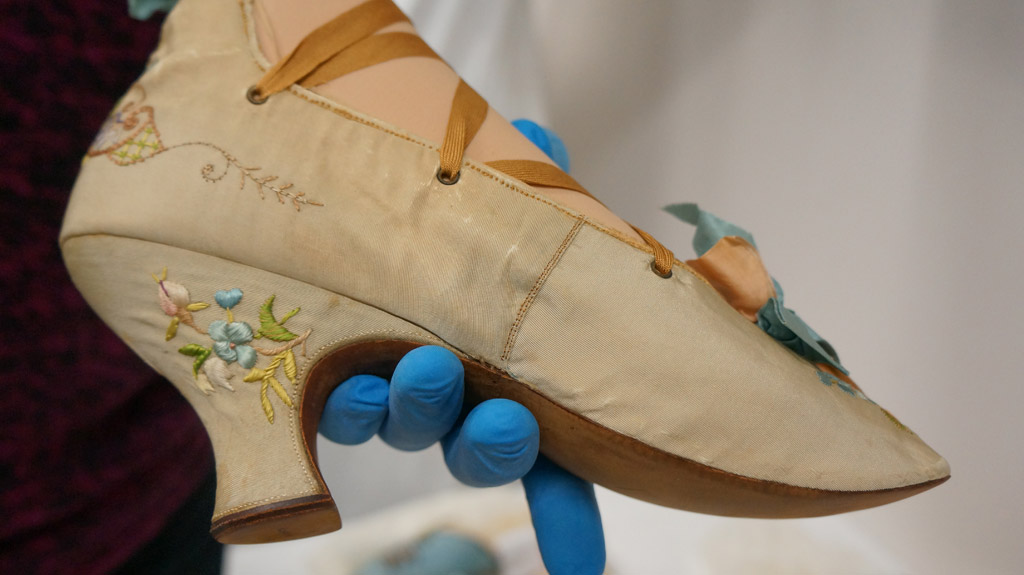 louis french couture shoe
