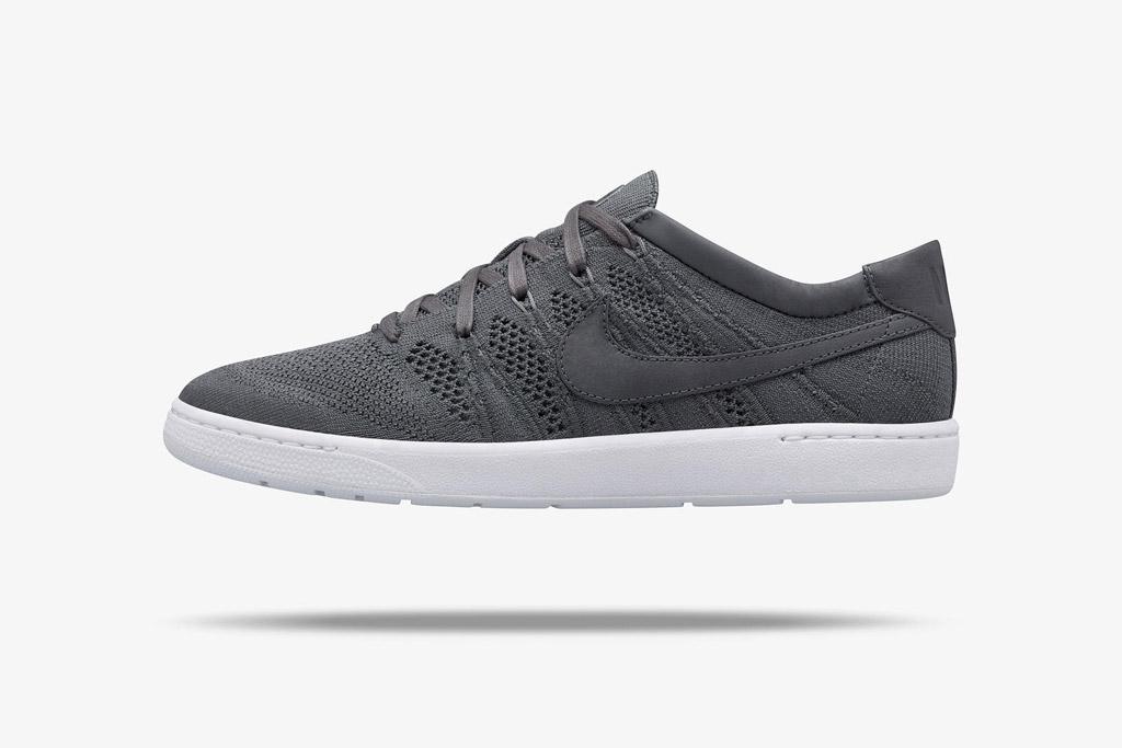 Roger Federer X NikeCourt shoe