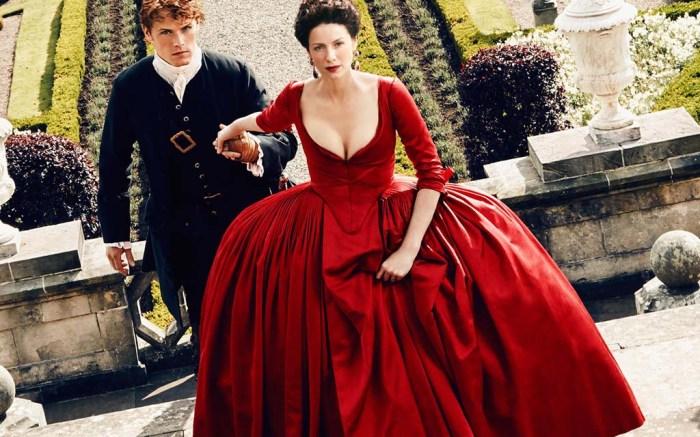 outlander costumes season two Caitriona Balfe Sam Heughan