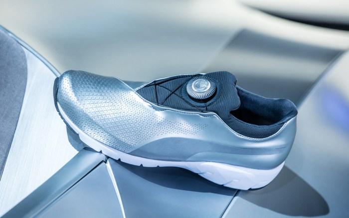 Destello Penetración Buena voluntad  Puma's New BMW X-Cat Disc Sneaker Is Inspired By A Car [PHOTOS] – Footwear  News