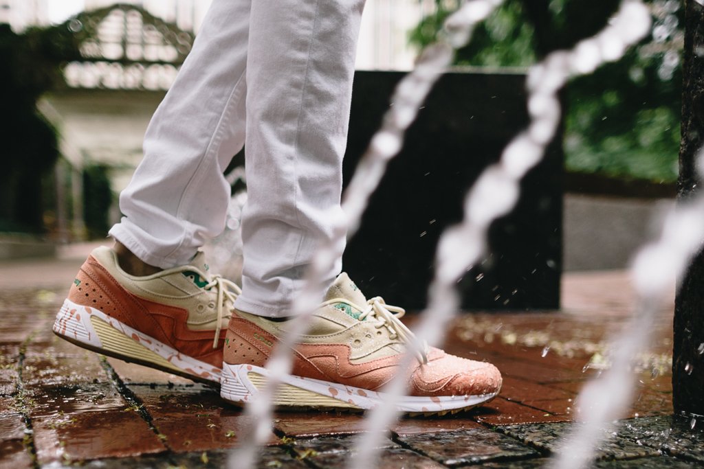 Saucony Grid 8000 Shrimp Scampi Sneakers