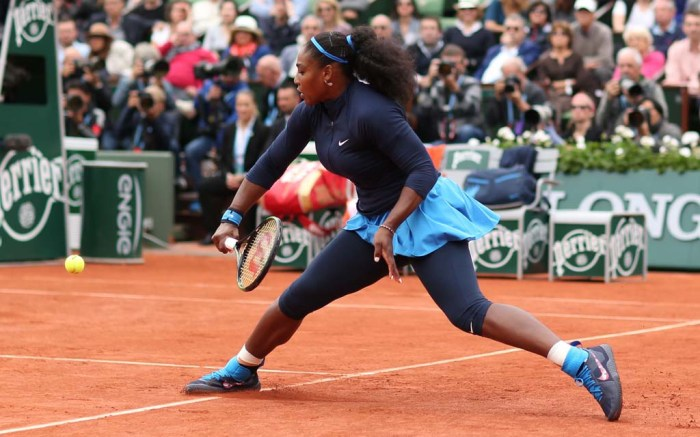 serena williams nike tennis shoes french open
