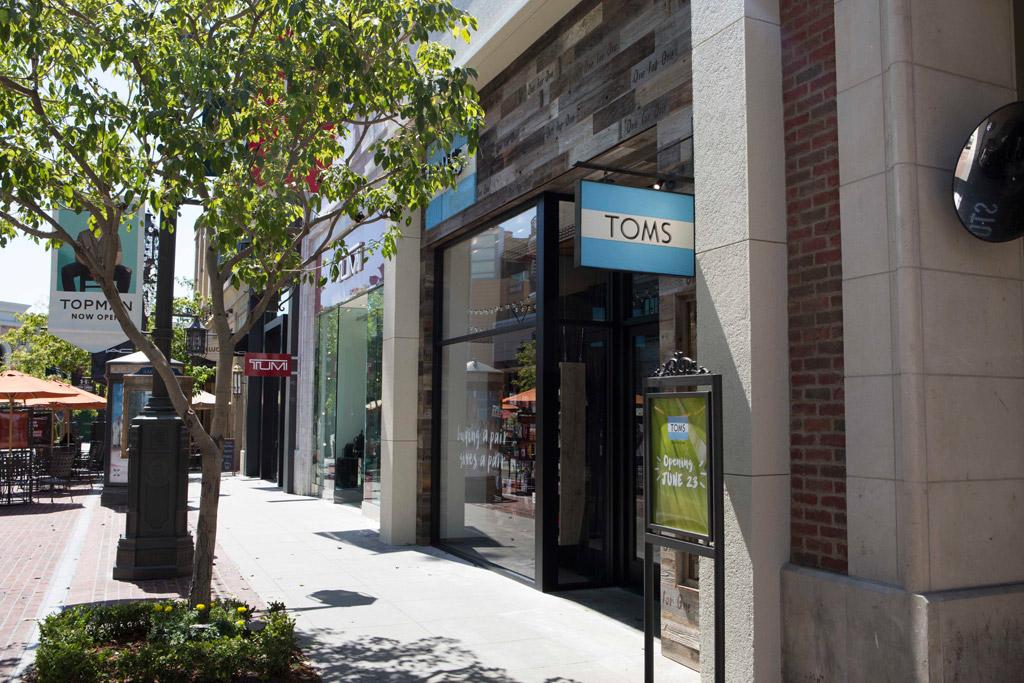 toms glendale brand americana california los angeles