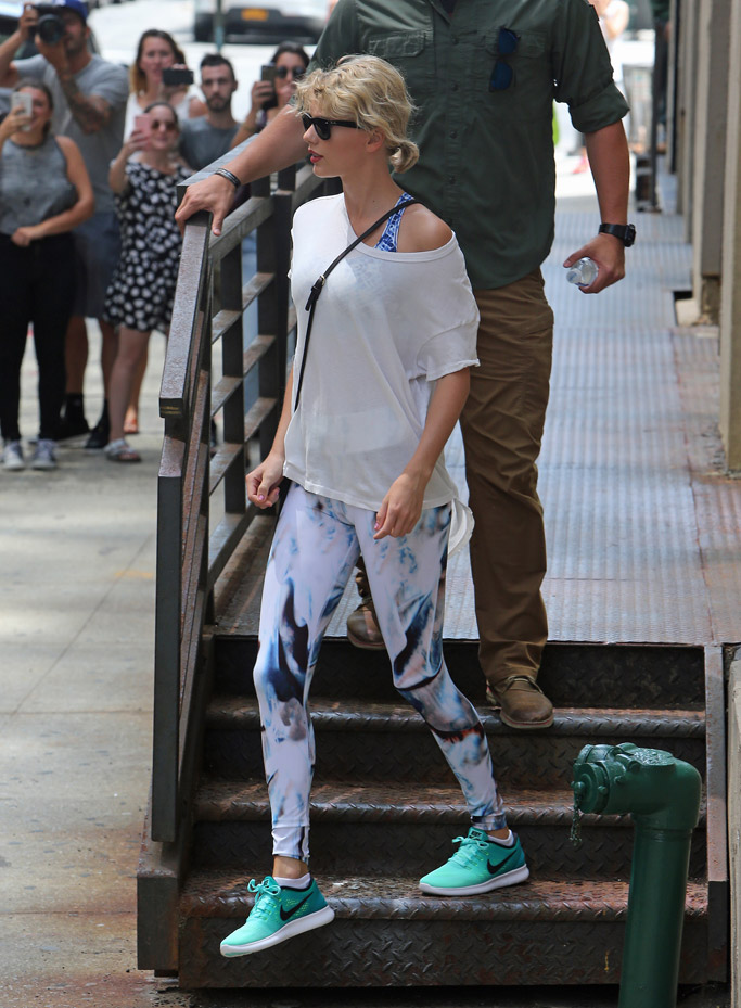 Taylor Swift Celebrity Gym Style