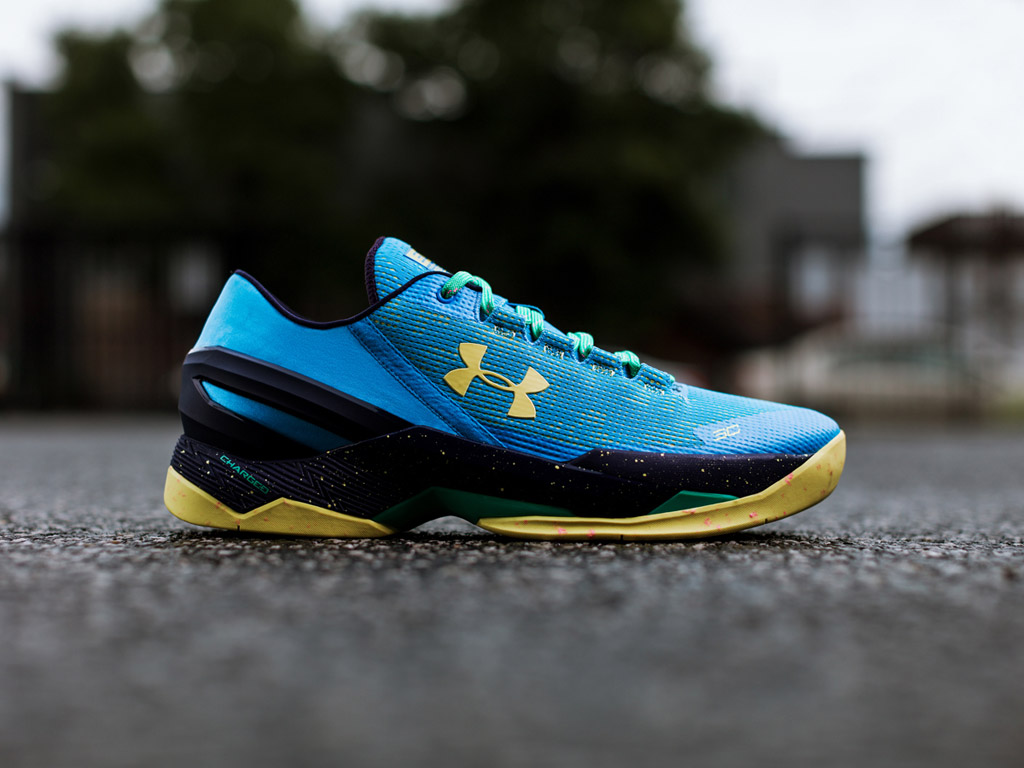 under armour curry two low