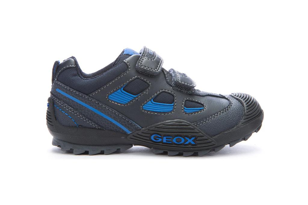 geox juniors savage shoes