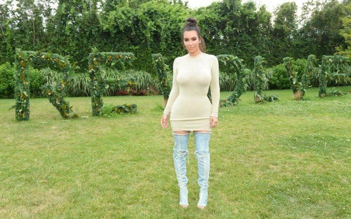 Kim Kardashian West Revolve Hamptons