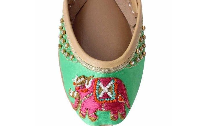 soma flats khussa shoes