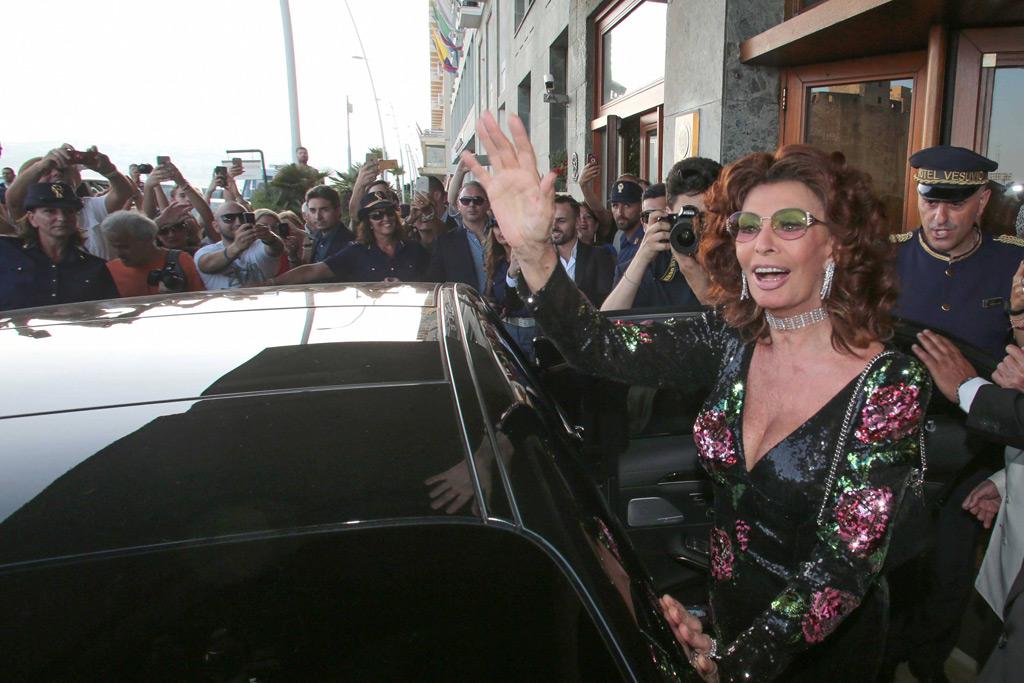 Sophia Loren Dolce & Gabbana Naples