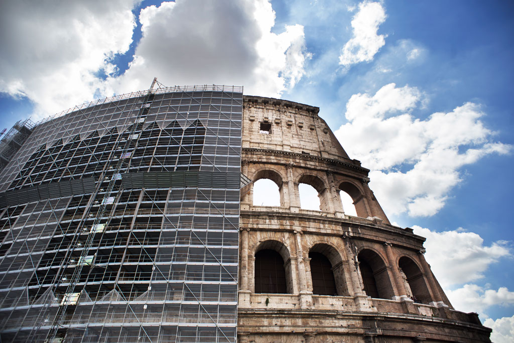 Tod's Colosseum Restoration