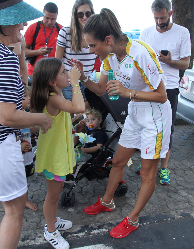 alessandra ambrosio brazil rio olympic games 2016 opening ceremony coca-cola shoes